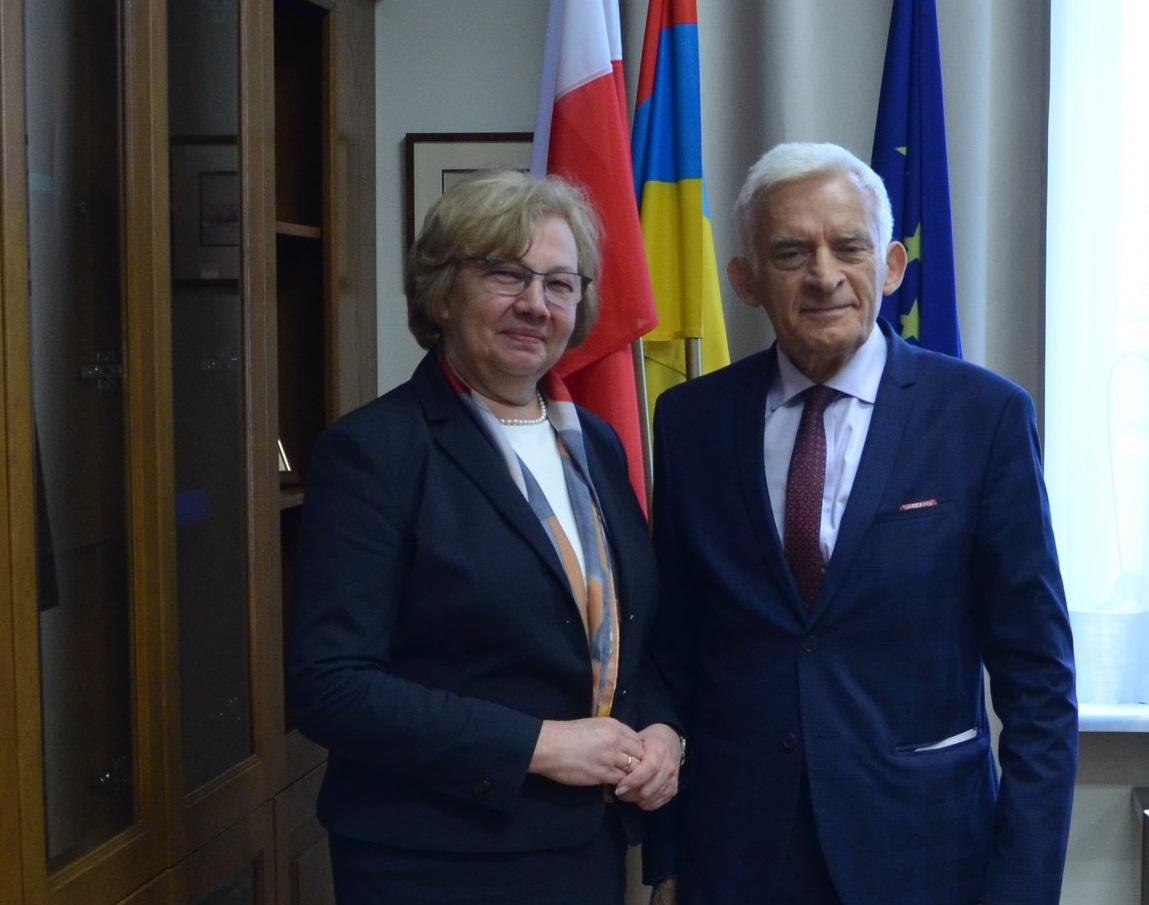 Małgorzata Mańka-Szulik wspólnie z prof. Jerzym Buzkiem