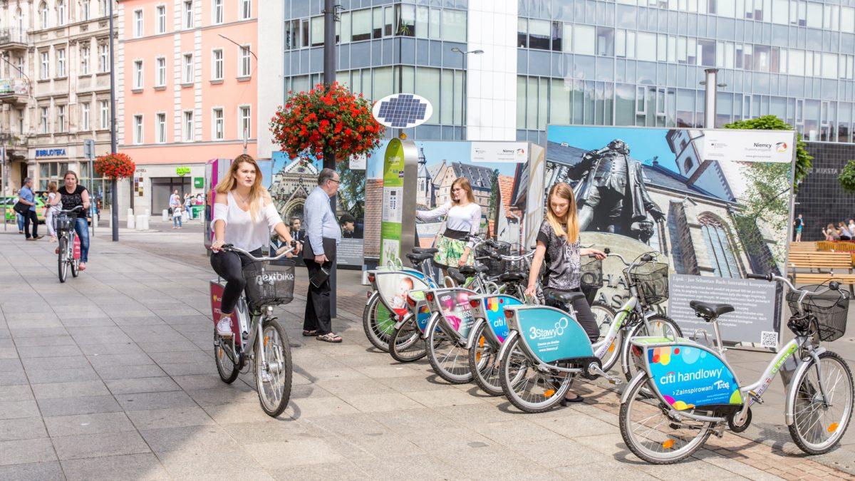 12 kolejnych stacji w największej sieci rowerów miejskich w województwie