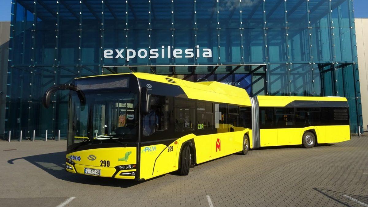 Pierwszy żółty autobus w PKM Tychy. Jest inny niż pozostałe
