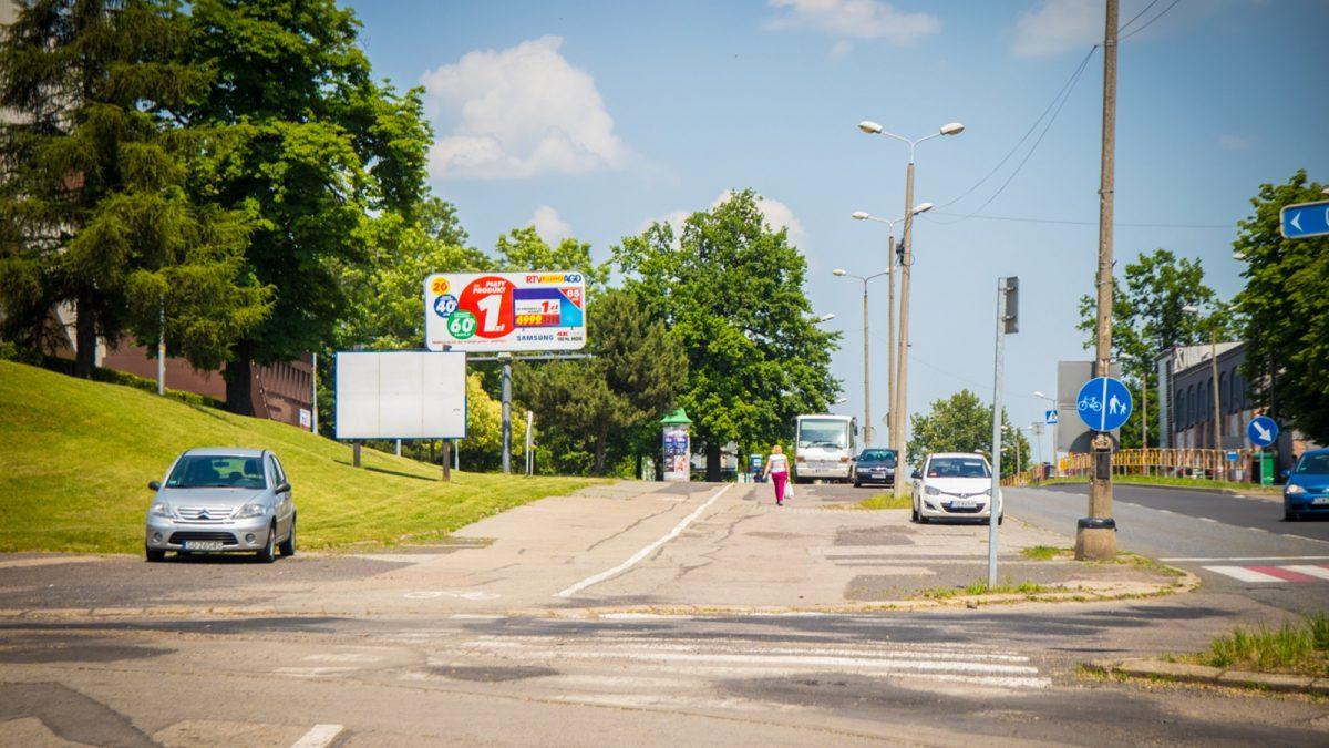 Jest umowa na nowy chodnik i drogę rowerową wzdłuż Braci Mieroszewskich