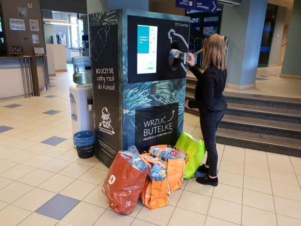 Wrzuć butelkę! Trzy nowe automaty w Sosnowcu