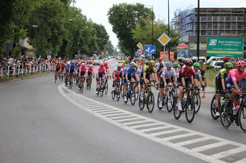 Kolarze podczas wyścigu Tur de Pologne w Rudzie Śląskiej