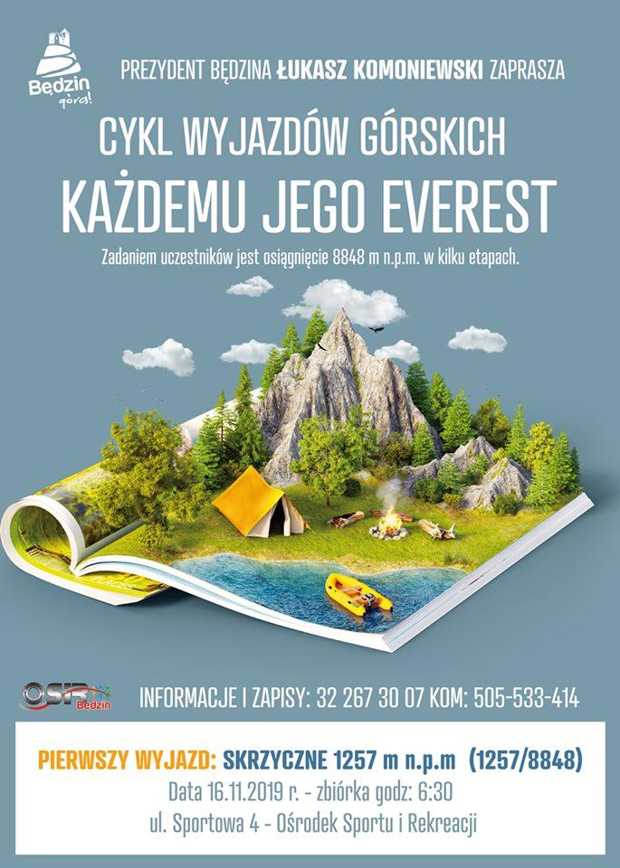 Plakt informujący o cyklu wyjazdów górskich z elementem graficznym przedstawiającym pejzaż górski wyrastający z otwartego czasopisma podróżniczego