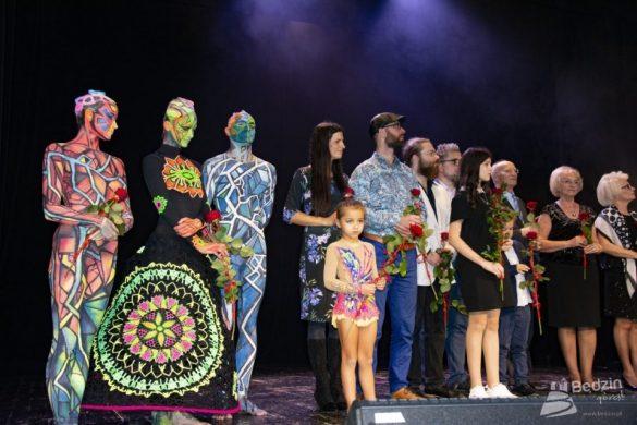 Artyści na scenie