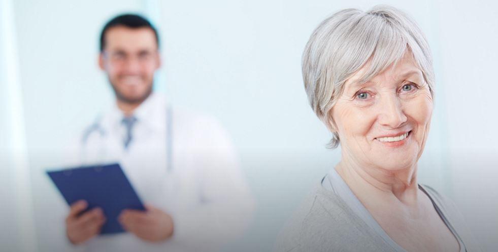 Darmowe szczepienia i badania dla seniorów