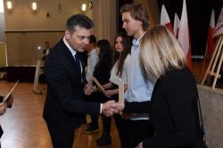Prezydent Bytomia gratuluje uczniom