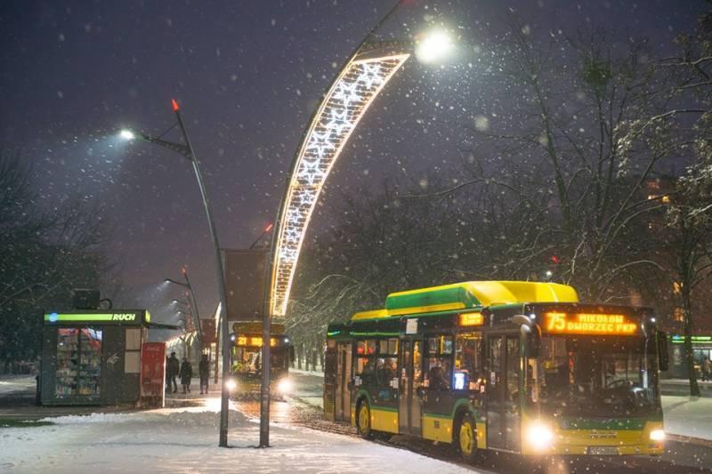 Komunikacja publiczna w Sylwestra, Nowy Rok i Święto Trzech Króli
