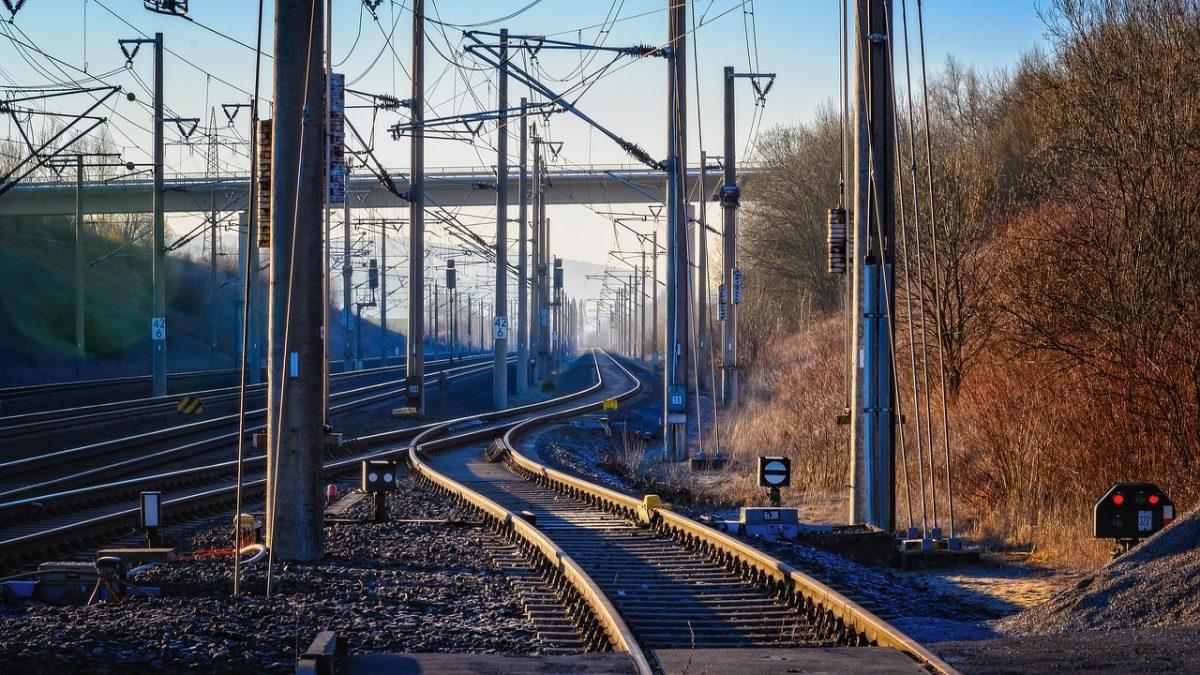 Radni za rewitalizacją linii kolejowej do Opola