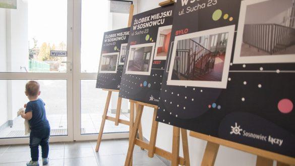 Wystawa prezentująca zdjęcia żłobka