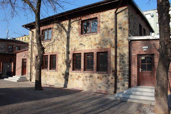 Jeden z zabytkowych budynków osiedla Ficinus