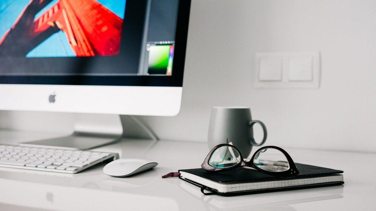 """""""ZDO(A)LNY UCZEŃ"""" – Pomóż i przekaż uczniowi laptop, tablet, smartfon"""