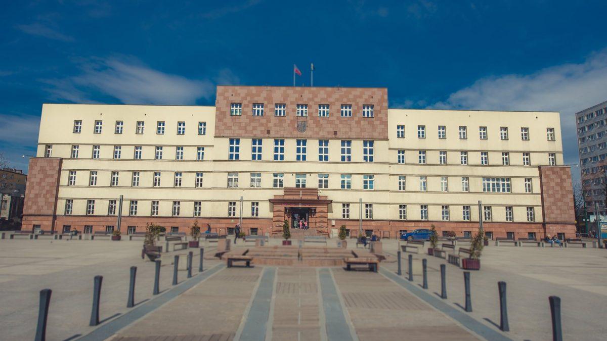 Budynek urzędu miasta w Rudzie Śląskiej