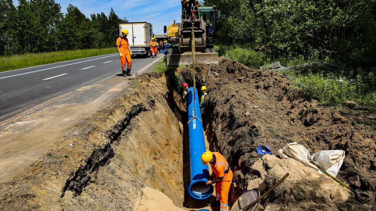 Zakładanie sieci wodociągowej