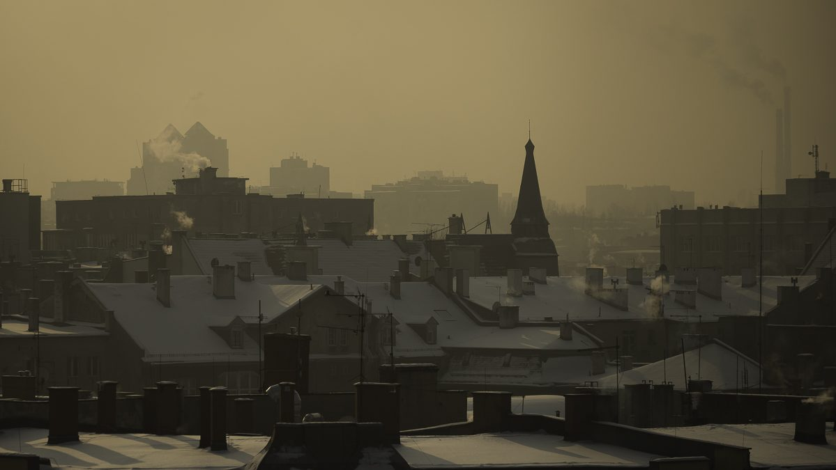 zanieczyszczone miasto