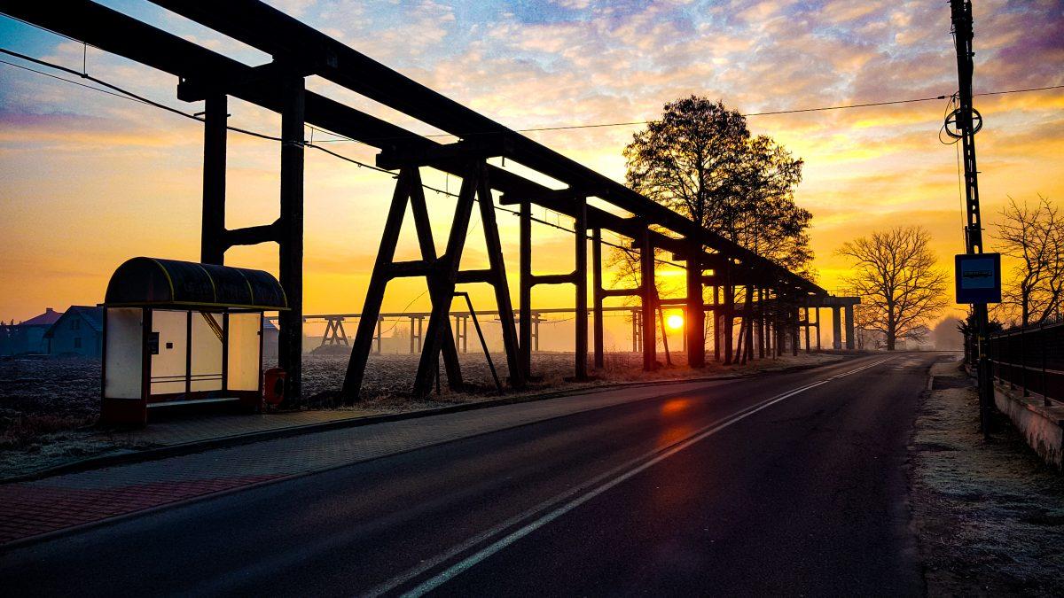 Zachód słońca w Wyrach