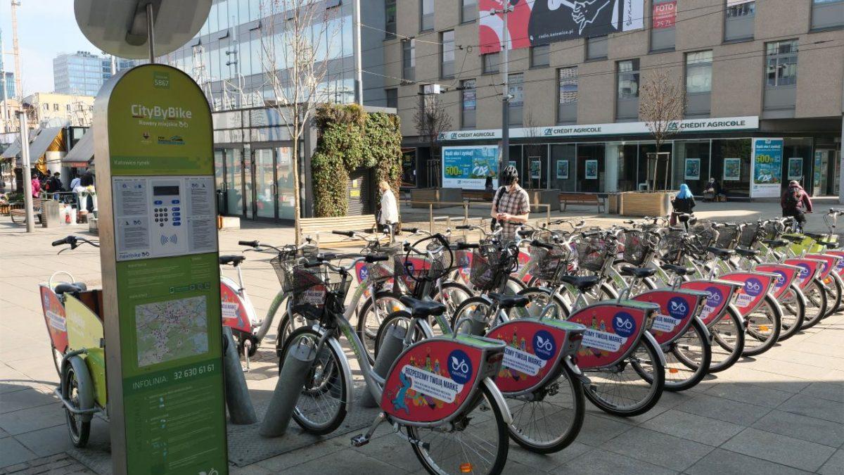 Stacja z rowerami miejskimi