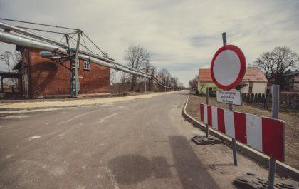 Fragmnet łącznika drogowego w budowie