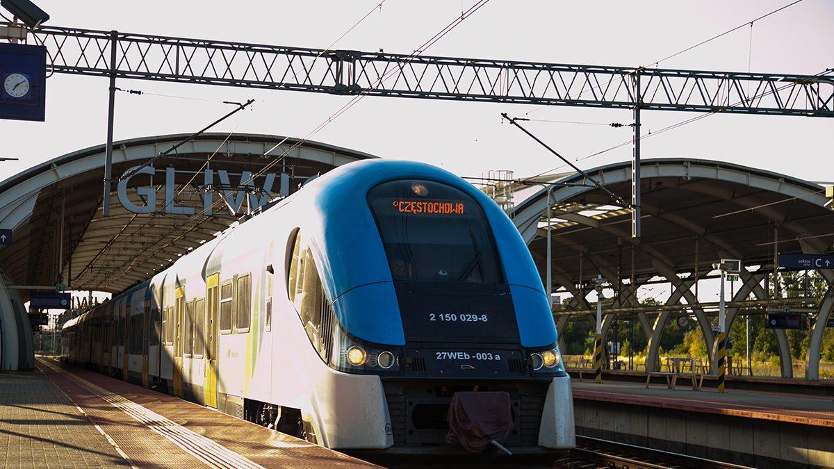 Pociąg na stacji Gliwice