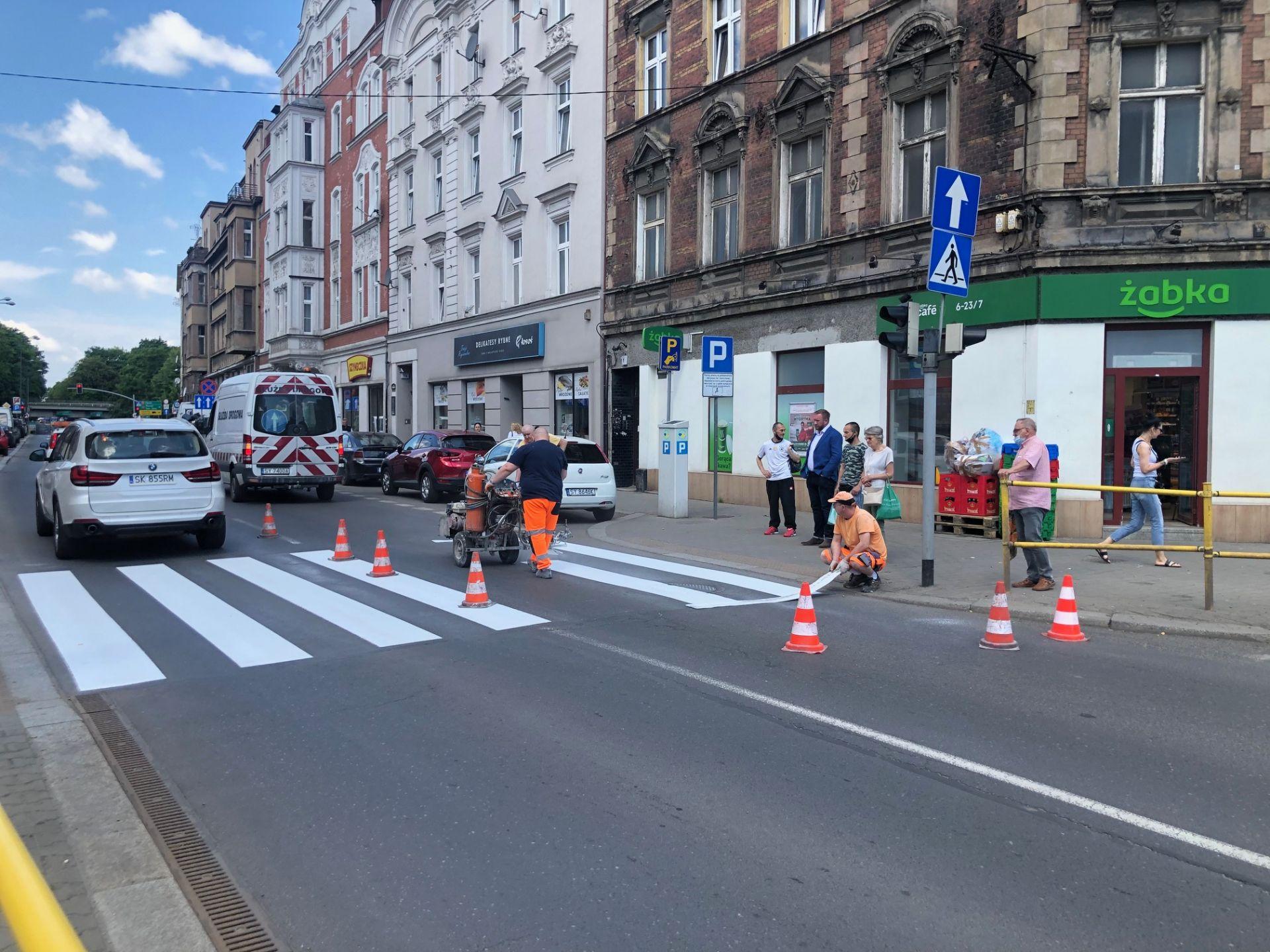 Malowanie przejścia dla pieszych