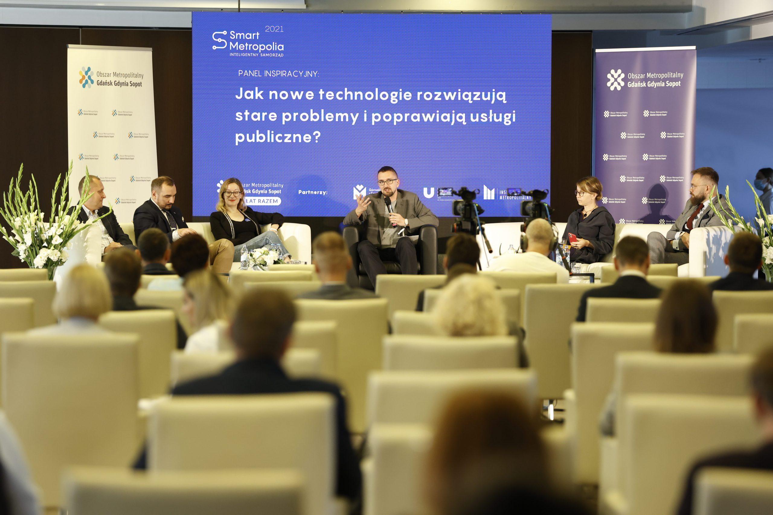 Wystąpienia podczas kongresu Smart Metropolia, który odbywa się w Arenie Gdańsk